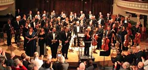 orchestra and soloists take a bow